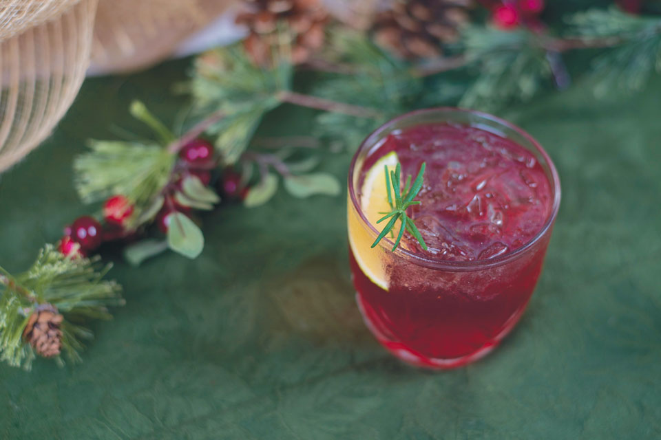 monthly-dish-poinsetta-cocktail