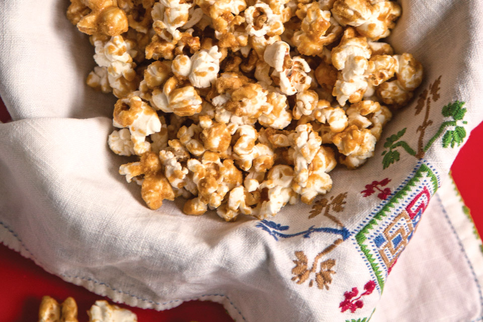 dining-page-maple-popcorn2