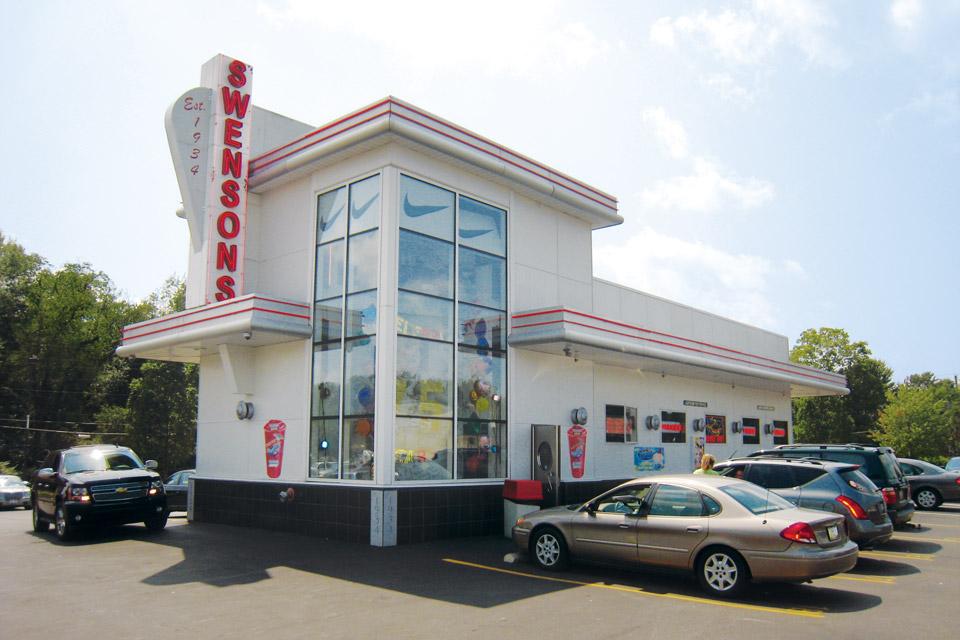 Road-Trips-Burgers_Swensons