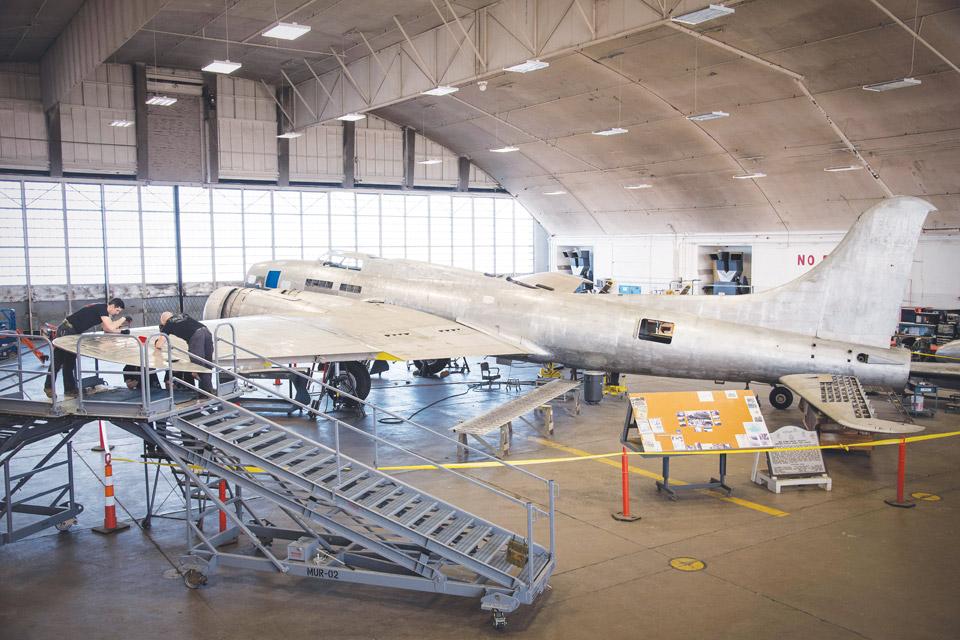 Memphis-Belle-in-hangar