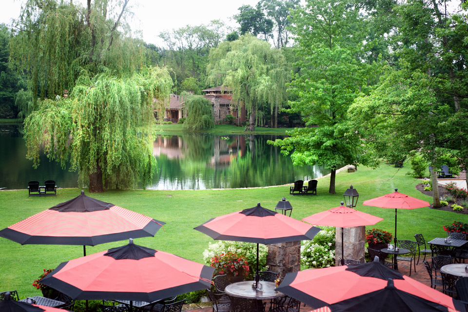 pond-at-Gervasi-Vineyards