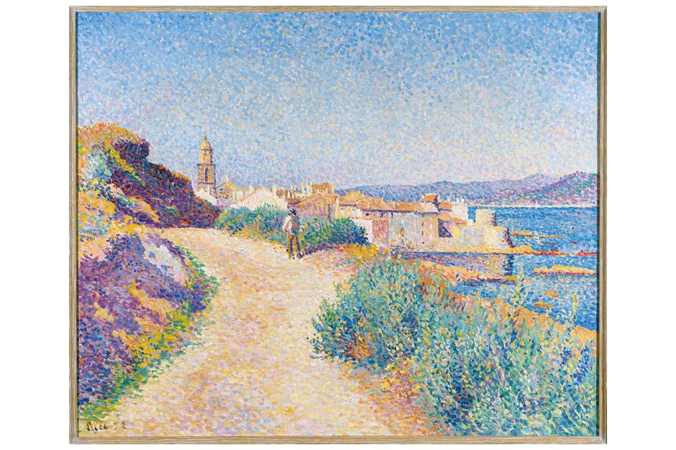 Luce-Saint-Tropez,-la-route-du-cimetiere